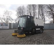 Вакуумная подметально-уборочная машина (автопылесос) Schmidt Swingo200