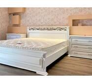 Двоспальне ліжко Лорен з комодами з масиву ясеня