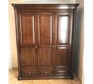 Гардеробна 3х дверна шафа Шопен для одягу з масиву дерева