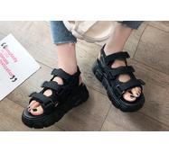 STK Жіночі босоніжки чорні на платформі, 37 р