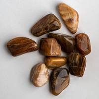 Гелиолит (солнечный камень) с иризацией