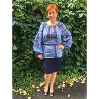 Сучасна вишиванка жіноча на джинс-льоні