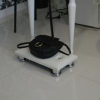 Подставка под сумку Queen VM100