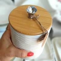 Белая керамическая банка Алмаз с бамбуковой крышкой 1100 мл