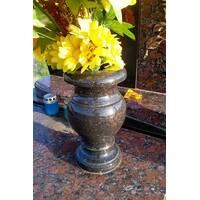 Гранітна ваза класична 20 см