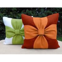 Декоративна подушка квадратна