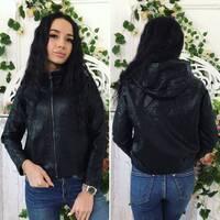 Куртка - кожанка с капюшоном и накладными карманами 267 (ГН)