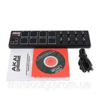Контроллер Akai LPD8