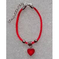 Червона нитка оберіг натуральний камінь Корал сердечко 12 мм