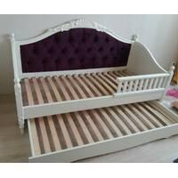 Ліжко Скарлет софа з додатковим спальним місцем.