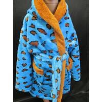 Детские махровые халаты леопардовой расцветки.