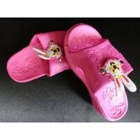Недорогие детские резиновый тапочки с зайчиком купить