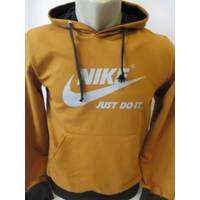 Красивая спортивная кофточка Nike