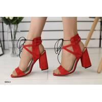 Женские замшевые босоножки на удобном каблуке 40