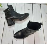 Женские черные кожаные ботинки на каблуке, 35