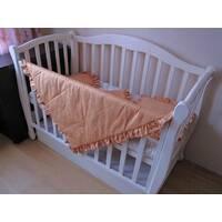 Комплект Медові сни. Дитяча ковдра - покривало з рюшами в наборі з 2 подушками