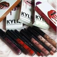 Губная матовая помада Kylie Lip Kit Mate ( Кайли Лип Кит) разных цветов
