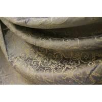 Красивая штора серобежевого цвета с золотым узором