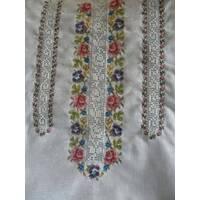 Очень красивая женская вышиванка с мережкой