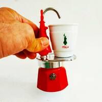 Гейзерная кофеварка Bialetti Omino Express Red (1 чашку - 60 мл)