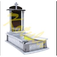 Модель одинарного памятника с колоннами и крестом №21