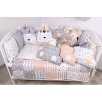 Комплект в ліжечко з іграшками і хмарками у бежево-серомцвете