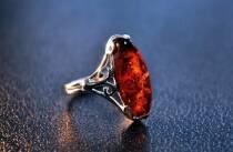 """Перстень із бурштину """"Абрикос"""""""