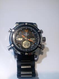 Часы Quamer