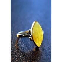 """Перстень із бурштину """"Зерно"""""""