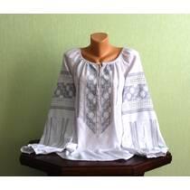 Изысканная женская рубашка вышитая ручной работы