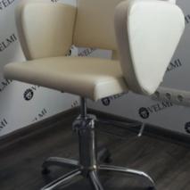 Крісло перукарське Roxie VM848