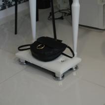 Підставка під сумку Queen VM100