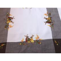 Нарядна пасхальна серветка з вишивкою 85-85 см