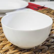 Глибокий білий салатник Luminarc Diwali 750 мл (N4054)