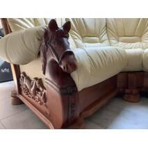 Класичний шкіряний диван Cavallo