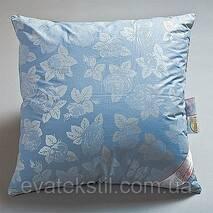 Подушки з холофайбера70-70 в тканині тика