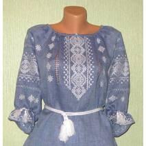 женская вышиванка ручной работы на джинс льне