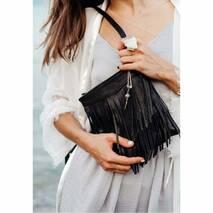 Шкіряна жіноча сумка з бахромою мини-кроссбоди Fleco чорна