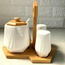 Набор белых спецовниц с банкой 5 предметов на бамбуковой подставке