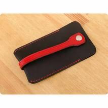 Шкіряна ключниця 1.0 чорна з червоним