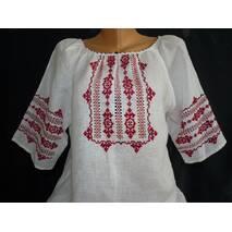 Вышиванка для девушки ручной работы