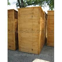 Туалет деревянный лакированный