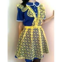 Школьная форма украинская, желто-голубая.