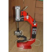 Вулканізатор універсальний електропневматичний для шин і камер