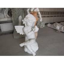Ангел з греческого белого мрамора