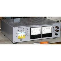 Лабораторні джерела живлення з аналоговою індикацією