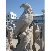 Скульптура из гранита, Орел