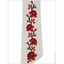 Вышитый пояс с нежными розами