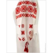 Свадебная льняная этно одежда с игривой вышивкой