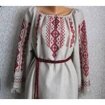 лляное вышитое платье